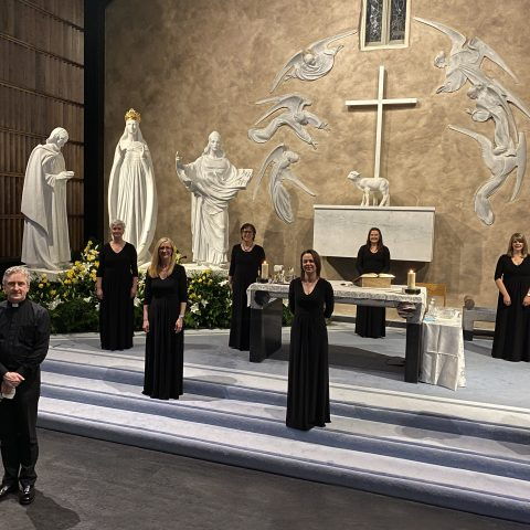 1. Schola Cantorum Basilicae who sang at the mass in the Apparition Chapel on 19_3_21, with Fr Richard Gibbons, Rector Knock Shrine. Photo Sinead Mallee